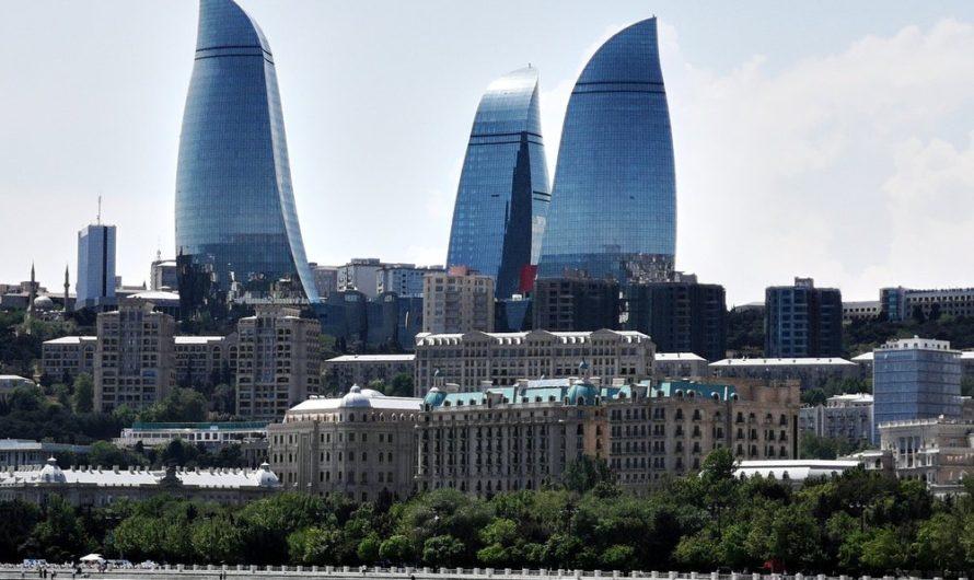 В Баку введут режим полной изоляции